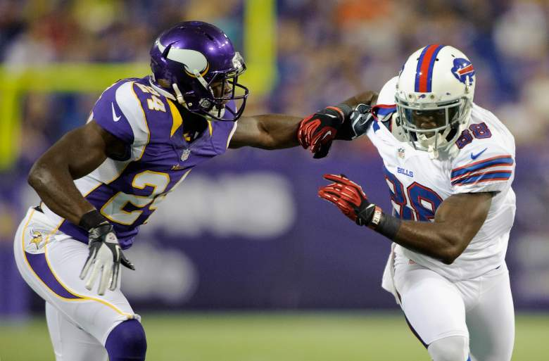 MINNEAPOLIS, MN - AUGUST 17: Zack Bowman #24 of the Minnesota Vikings  tries to block Kamar Aiken #88 of the Buffalo Bills during the game on August 17, 2012 at Mall of America Field at the Hubert H. Humphrey Metrodome in Minneapolis, Minnesota. (Photo by Hannah Foslien/Getty Images)