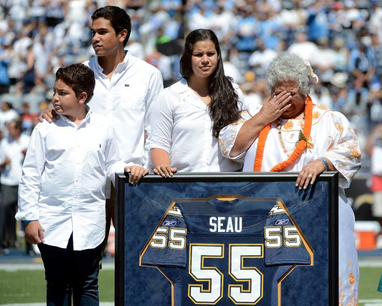 The family of  Junior Seau pictured above. (Getty)