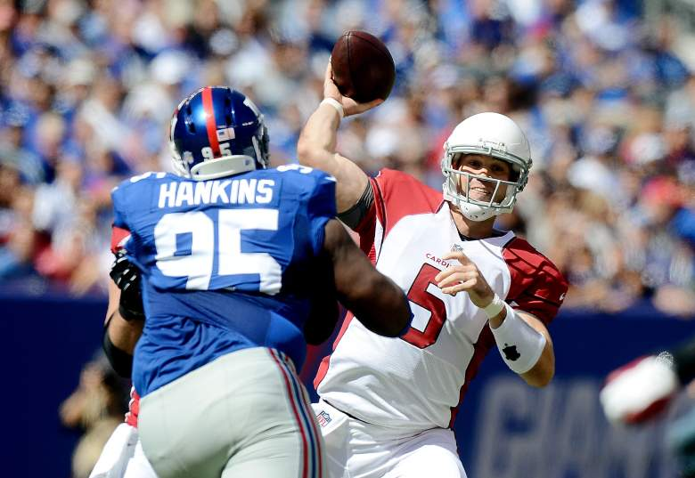 EAST RUTHERFORD, NJ - SEPTEMBER 14: Quarterback Drew Stanton #5 of the Arizona Cardinals passes against the New York Giants during a game at MetLife Stadium on September 14, 2014 in East Rutherford, New Jersey. (Photo by Ron Antonelli/Getty Images)