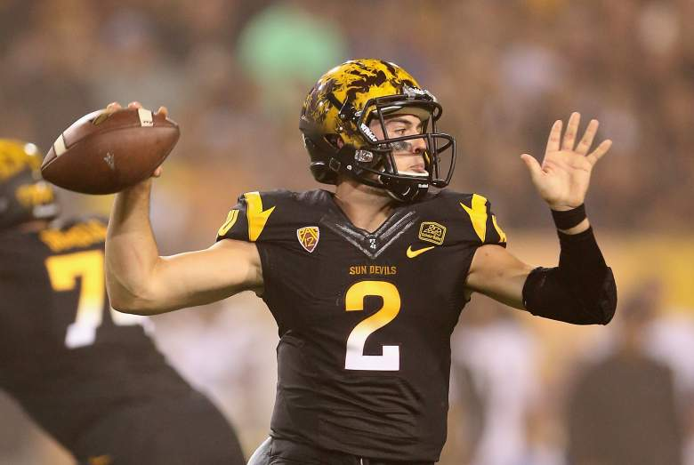 TEMPE, AZ - SEPTEMBER 25: Quarterback Mike Bercovici #2 of the Arizona State Sun Devils throws a pass during the college football game against the Arizona State Sun Devils at Sun Devil Stadium on September 25, 2014 in Tempe, Arizona. (Photo by Christian Petersen/Getty Images)
