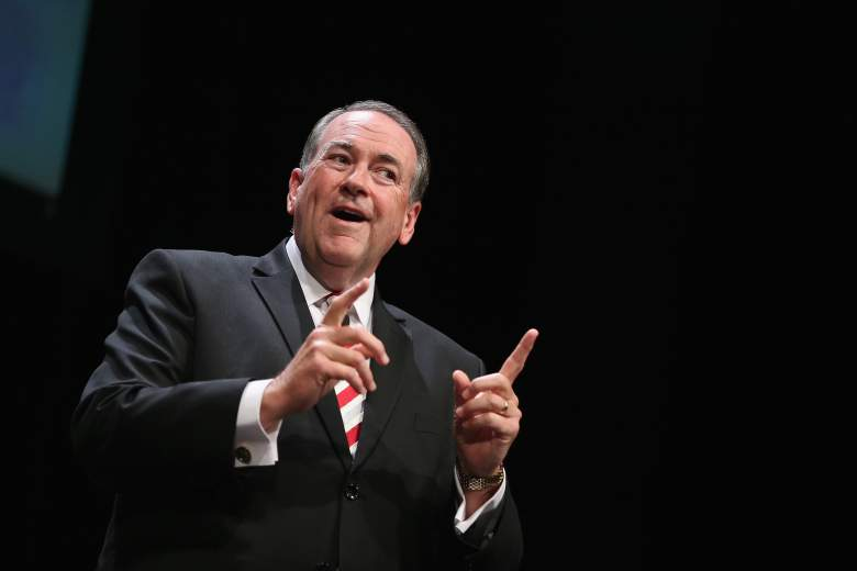 Mike Huckabee, Mike Huckabee Family, Mike Huckabee Twitter, Mike Huckabee Facebook, Mike Huckabee Wife, Mike Huckabee Family, Mike Huckabee Republican Debate 2015, Mike Huckabee 2016, Republican Presidential Debate Candidate 2015, Mike Huckabee Net Worth