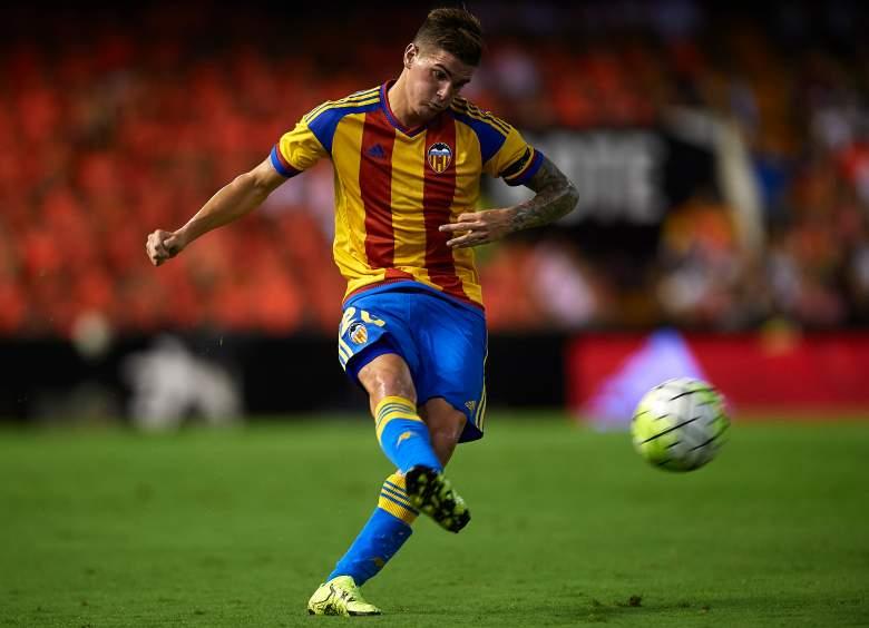 Valencia's 21-year-old winger Rodrigo De Paul is a hot prospect. (Getty)