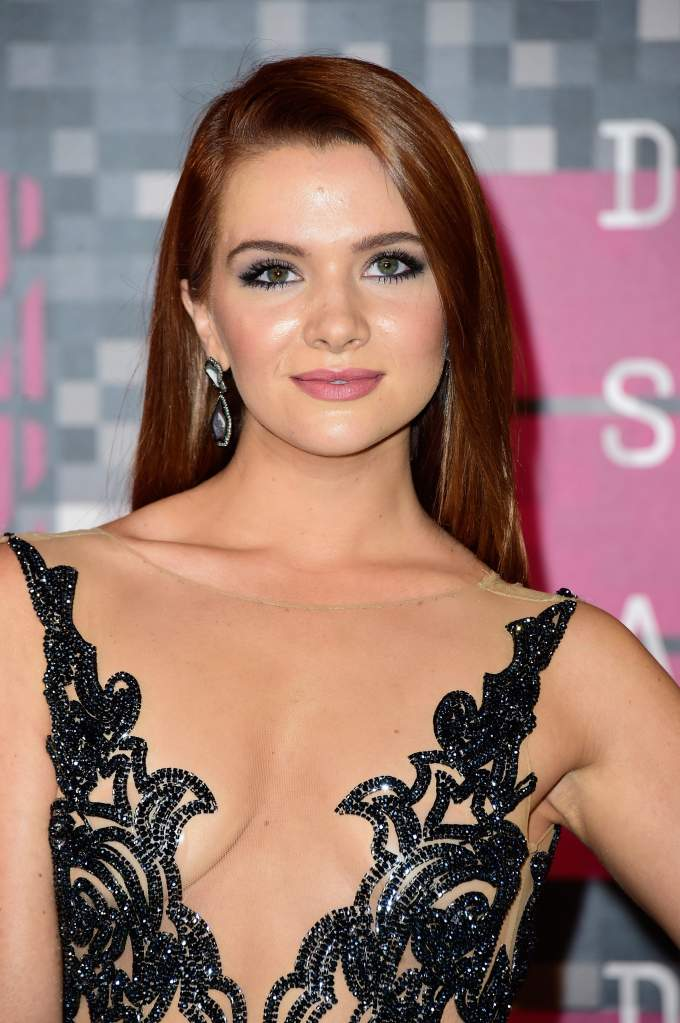 LOS ANGELES, CA - AUGUST 30: Actress Katie Stevens attends the 2015 MTV Video Music Awards at Microsoft Theater on August 30, 2015 in Los Angeles, California. (Photo by Frazer Harrison/Getty Images)