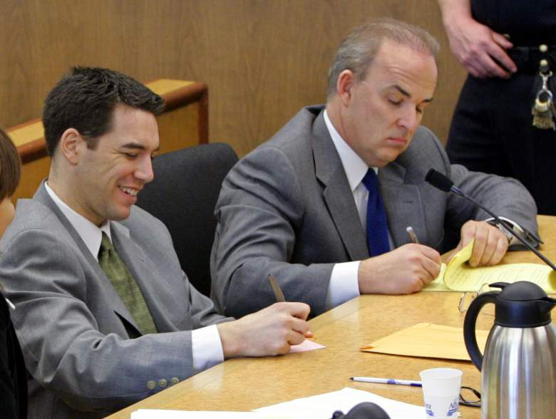 REDWOOD CITY, CA - DECEMBER 9:  Scott Peterson (L) sits in the courtroom at the San Mateo Superior Courthouse with his attorney Pat Harris (R) during defense closing arguments in the penalty phase of Peterson's trial December 9, 2004 in Redwood City, California. Peterson was found guilty of first degree murder of his wife, Laci, and second degree murder of their unborn son and could receive the death penalty.  (Photo by Fred Larson-Pool/Getty Images)