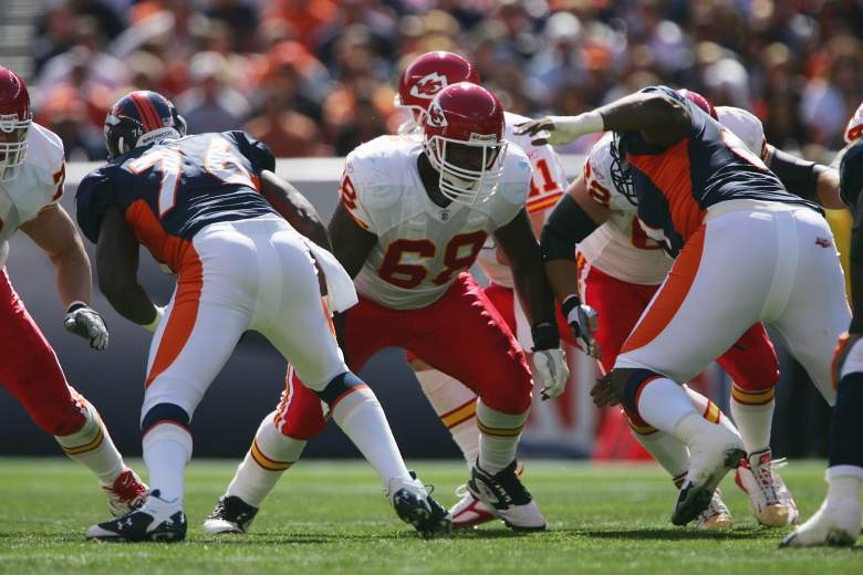DENVER - SEPTEMBER 17:  Offensive guard Will Shields #68 of the Kansas City Chiefs blocks during the game against the Denver Broncos at INVESCO Field at Mile High on September 17, 2006 in Denver, Colorado. The Broncos defeated the Chiefs 9-6 in overtime.  (Photo by Doug Pensinger/Getty Images)