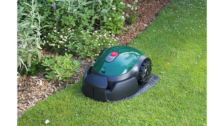 5 Best Robot Lawn Mowers: Your Buyer's Guide (2021)   Heavy.com