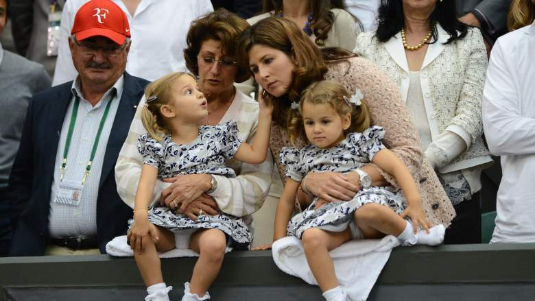 Roger Federer's twin daughters with his father Robert (L), mother Lynette (C) and wife Mirka (R). (Getty)