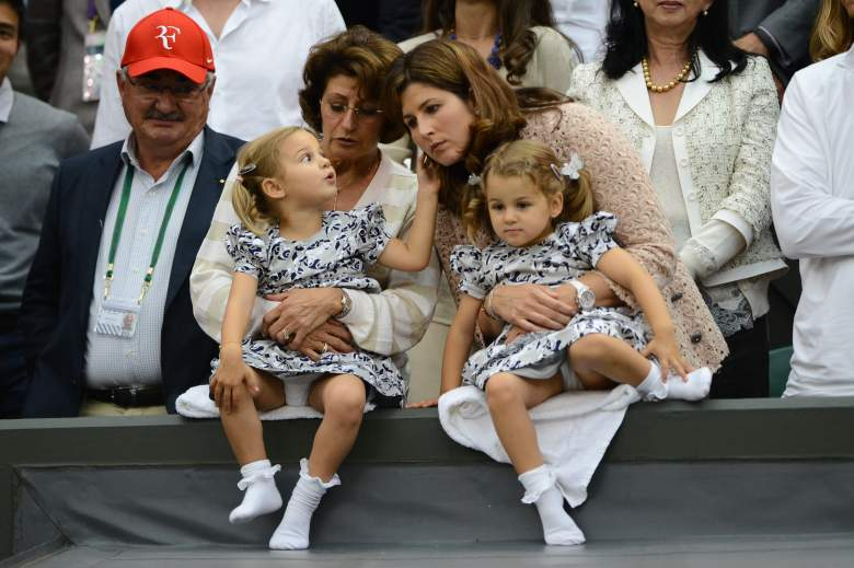 Robert and Lynette Federer sit with Roger's wife, Mirka (R), and his twin daughters, Myla Rose and Charlene Riva. (Getty)