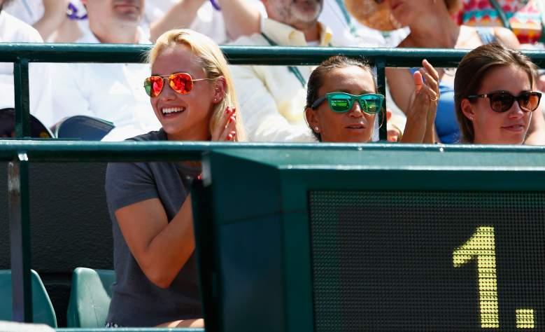 Vekic cheers on Wawrinka at the 2015 Wimbledon Championships. (Getty)