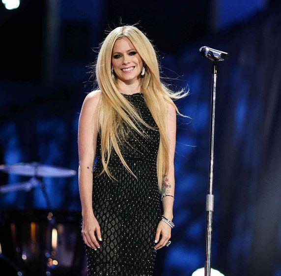 Avril Lavigne, Avril Lavigne divorce