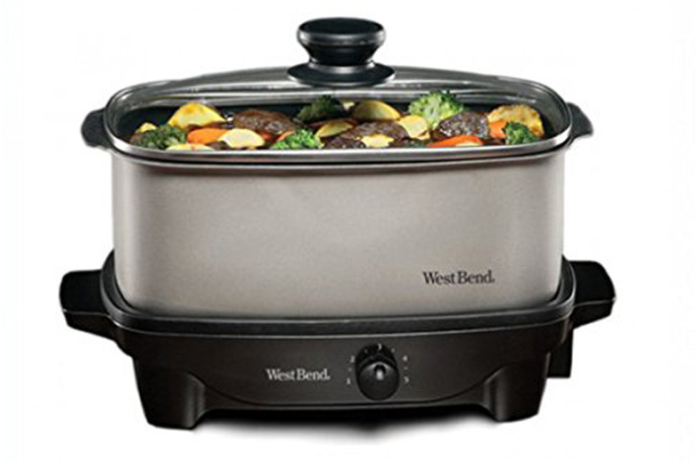 West Bend 84905 5-Quart Oblong-Shaped Slow Cooker, slow cooker