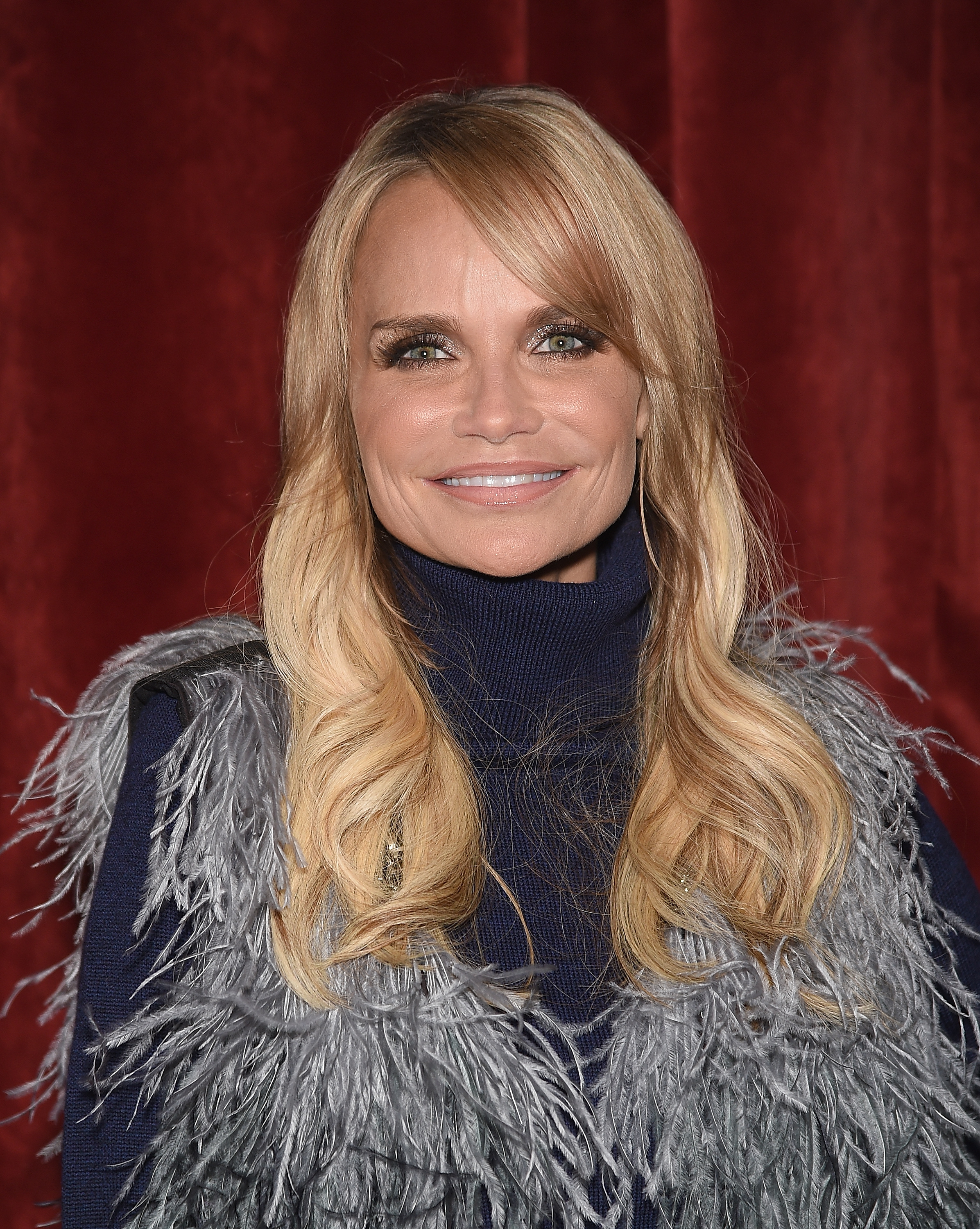 Kristin Chenoweth ignited Citi Field with her rendition of the national anthem.  (Getty)