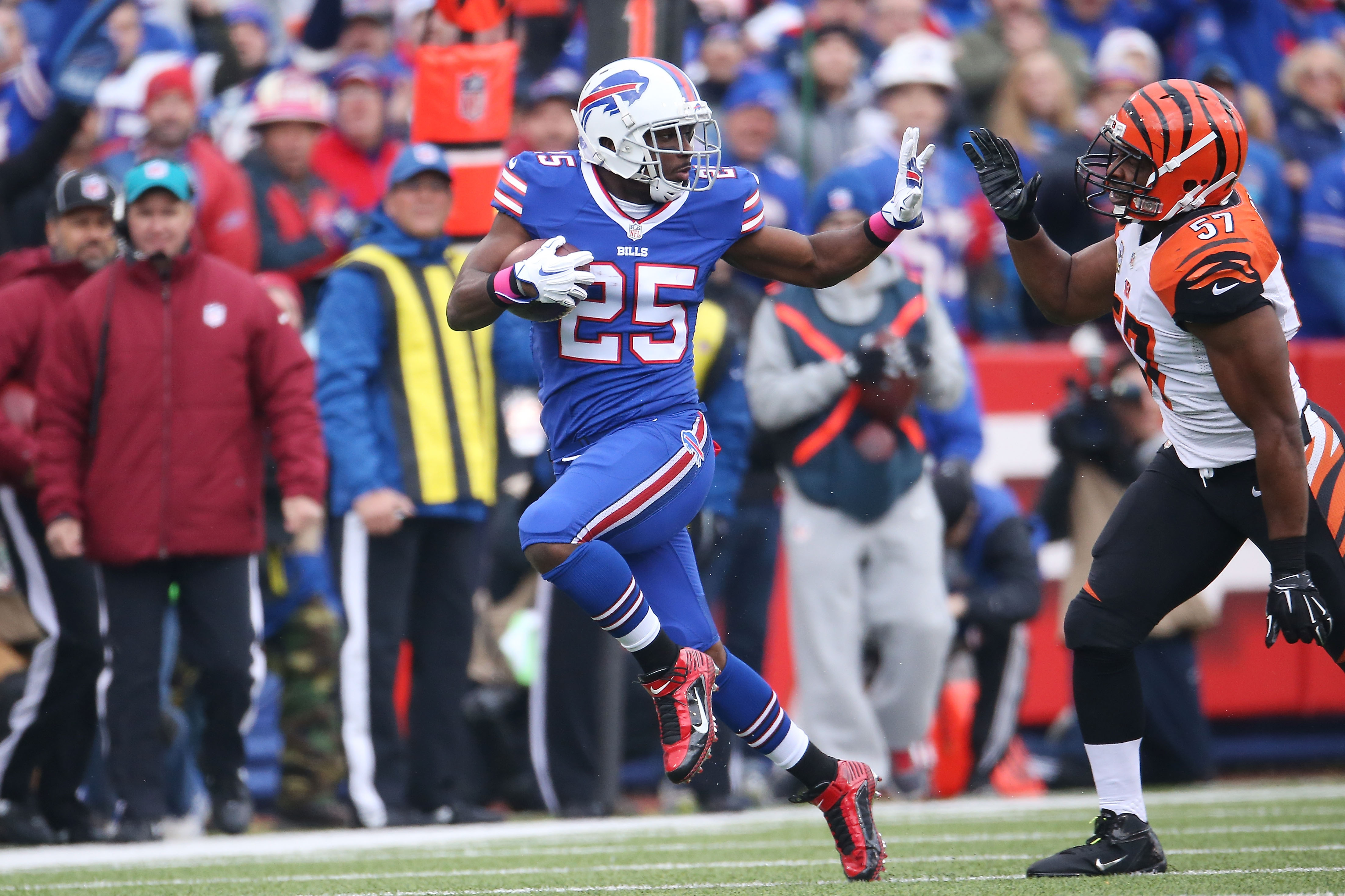 LeSean McCoy looked healthy last week vs. Cincinnati. (Getty)