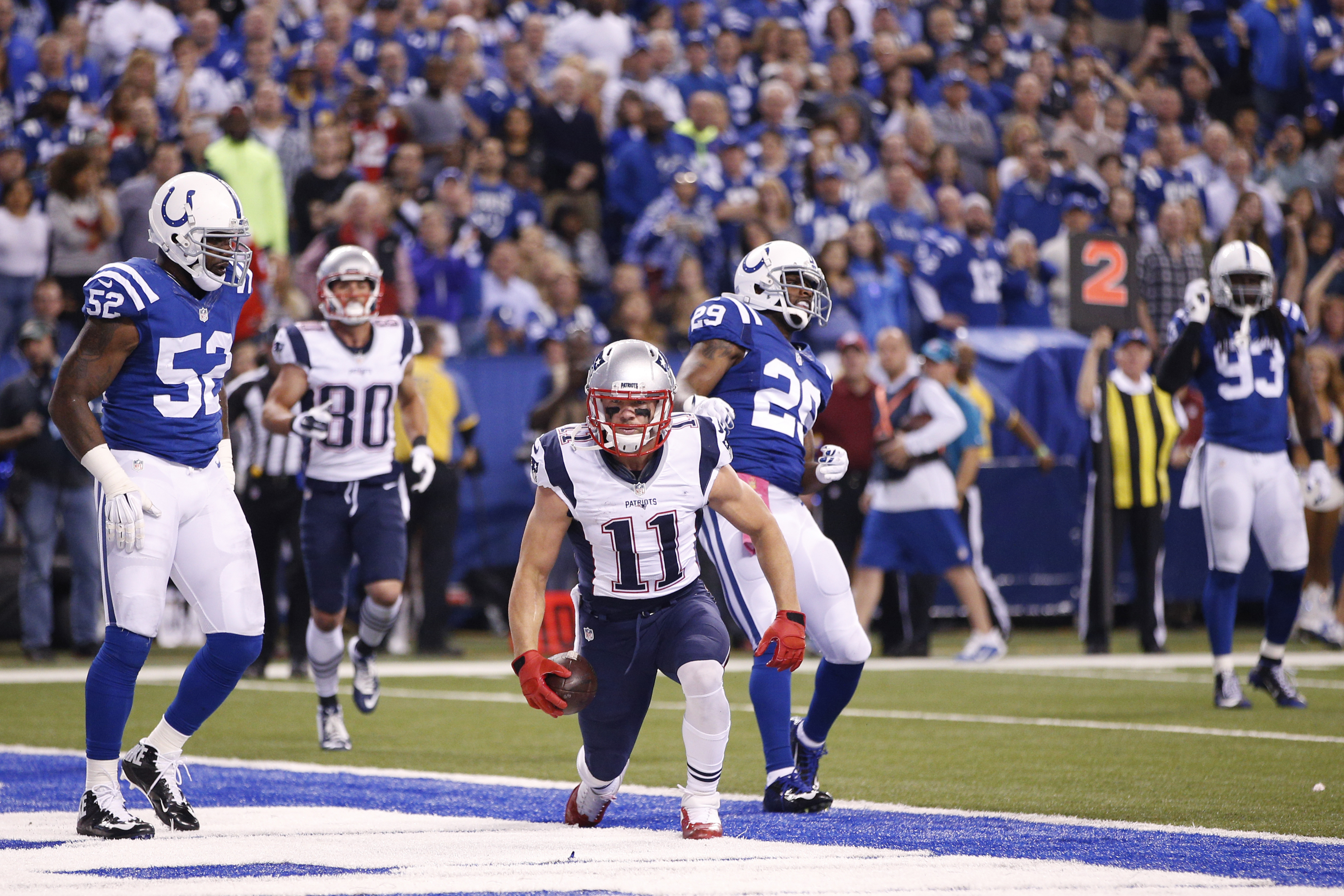 Julian Edelman scored the Patriots first TD of the night. (Getty)