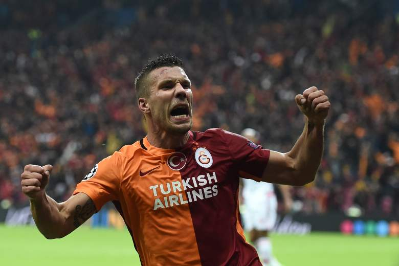 Galatasaray's  Lukas Podolski scored the game-winning goal in a 2-1 win for the Turkish side, dropping the Portugese giants Benfica. (Getty)