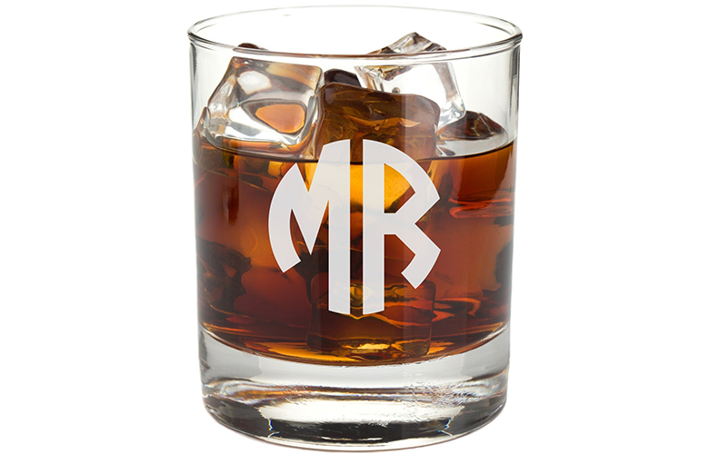 scotch gifts, whiskey gifts, gifts for scotch drinkers, gifts for whiskey drinkers
