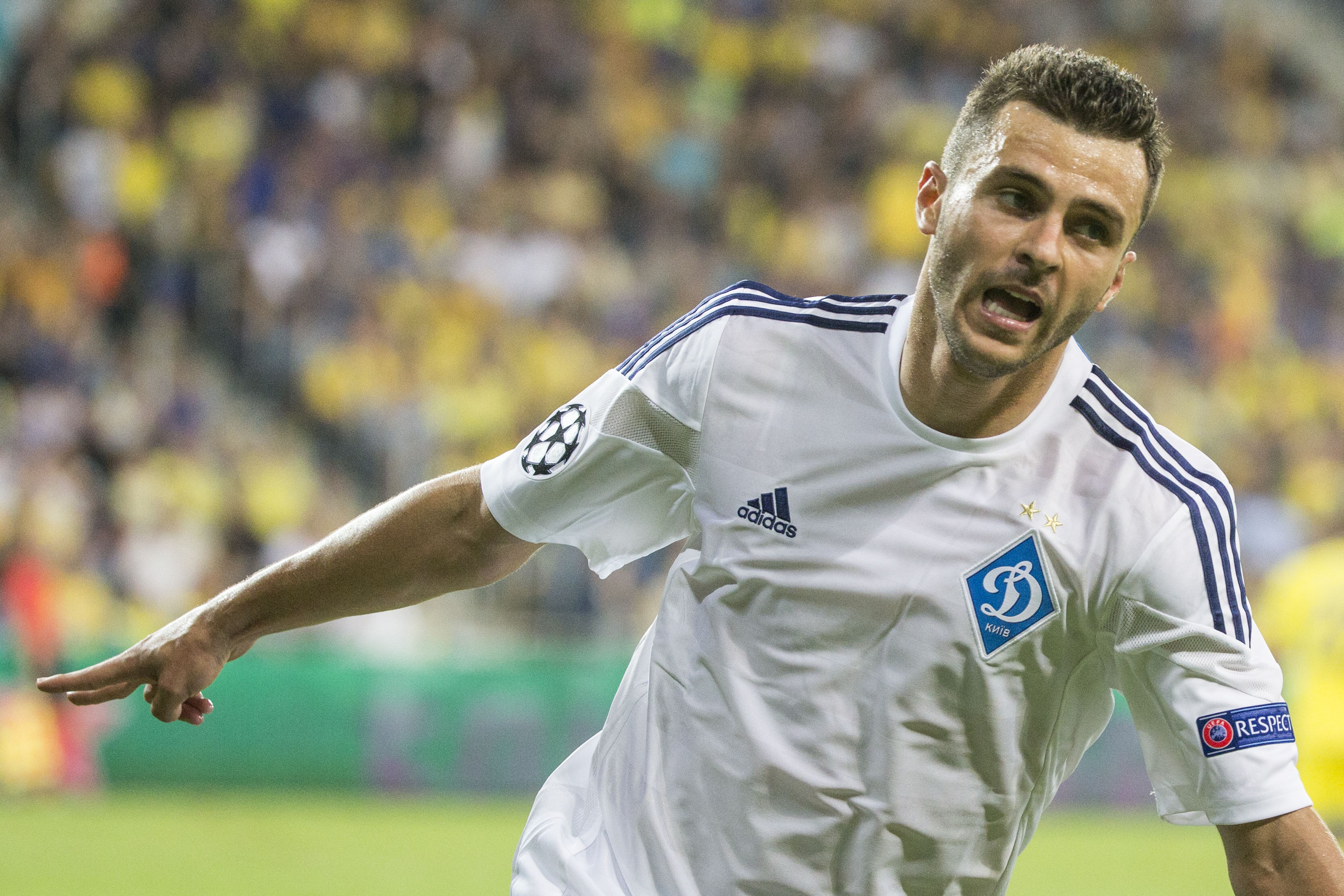 Dynamo Kyiv is a tough opponent for a sputtering Chelsea side. (Getty)