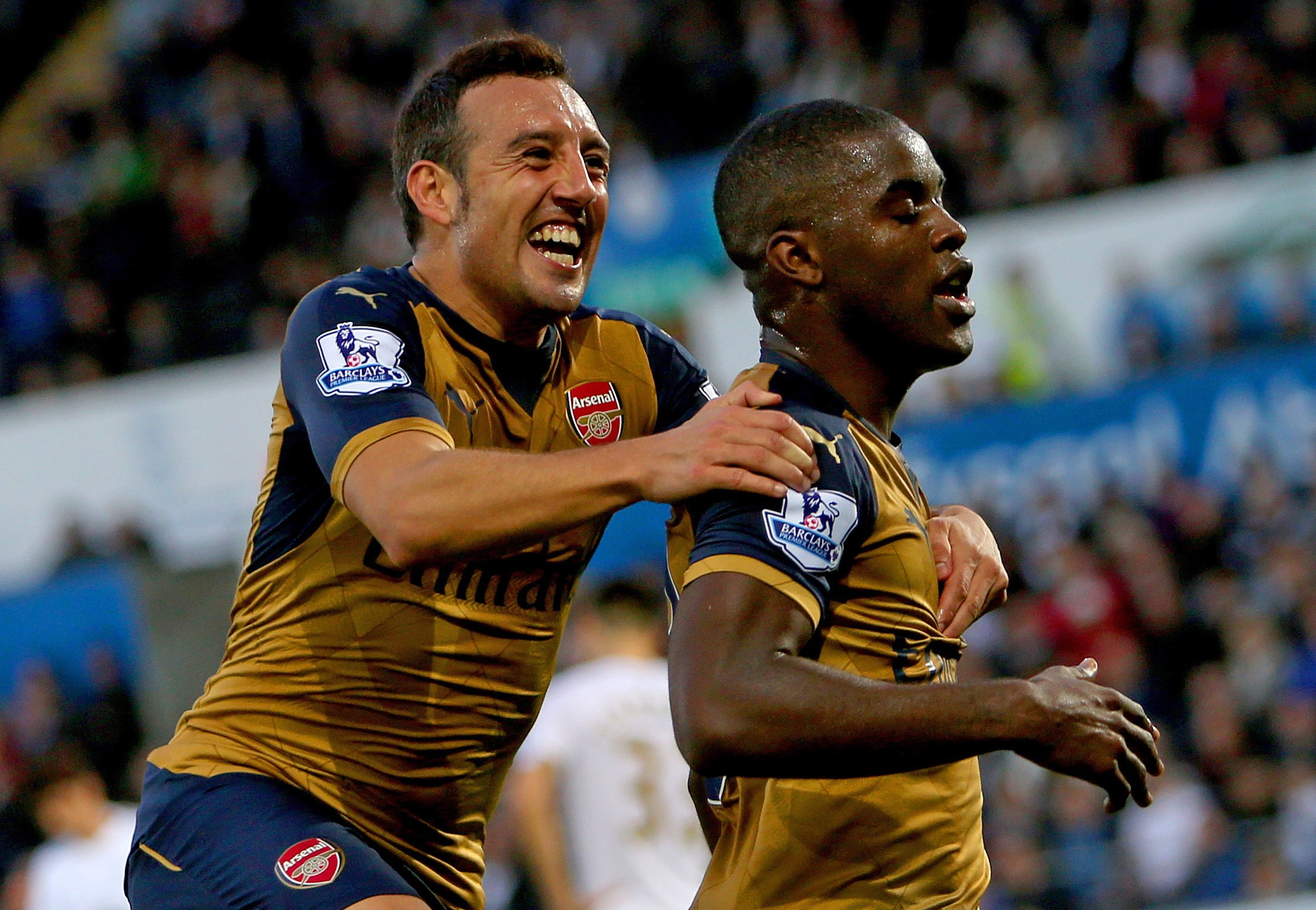 Arsenal have climbed to the top of the EPL table. (Getty)
