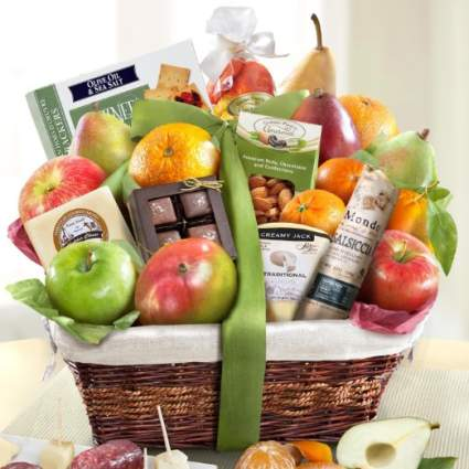 gifts, christmas gifts, gift baskets, christmas gift baskets, gift baskets for men, gift baskets for women, fruit basket