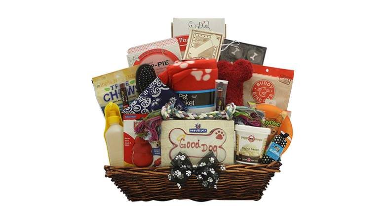 GreatArrivals Gift Baskets Ultimate Doggie Gift