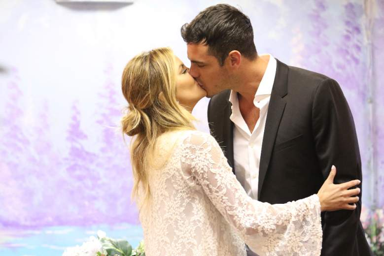 Becca Tilley, Becca The Bachelor 2016, Becca Tilley And Robert Graham, Becca Tilley And Ben Higgins, Becca Tilley And Chris Soules, Becca Tilley Age, Becca Tilley Twitter, Becca Tilley Instagram, Becca Tilley The Bachelor 2016 Cast
