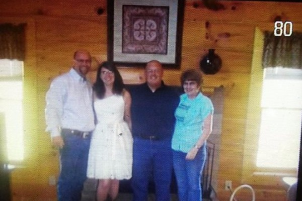 The woman who suffered a heart attack at Kilroy's, pictured with her family. (GoFundMe)