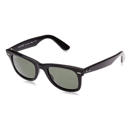 black ray-ban wayfarer sunglasses