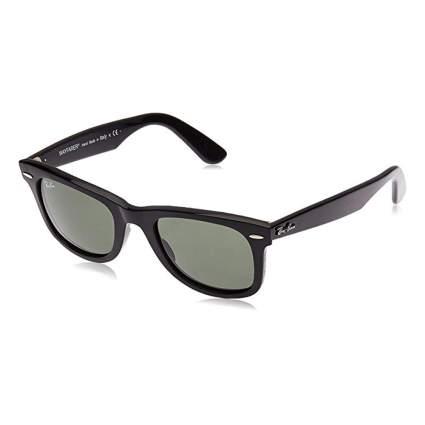 black ray-ban wayfarer sunglasses