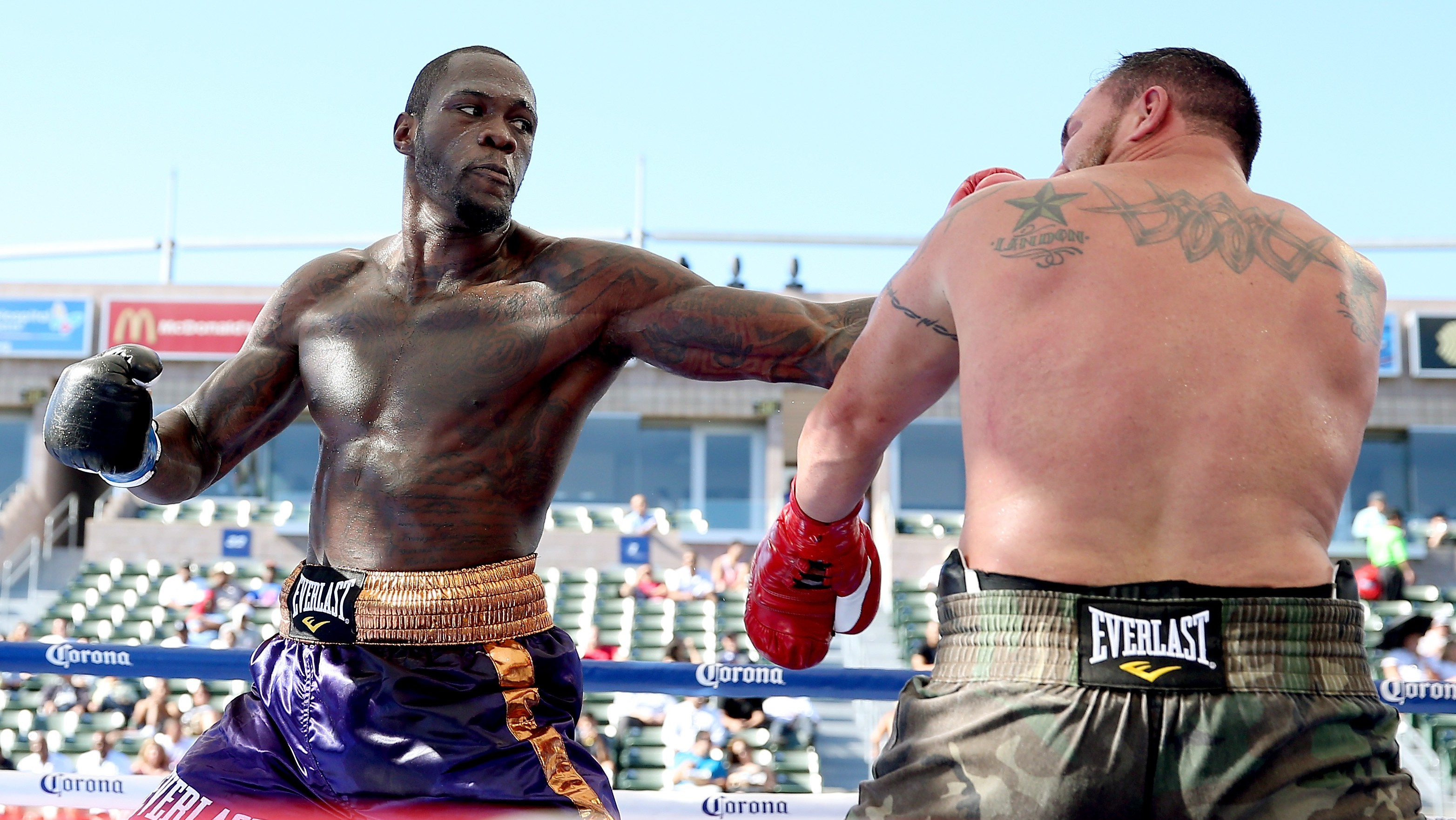 Deontay Wilder defends his title against Artur Szpilka on Saturday. (Getty)