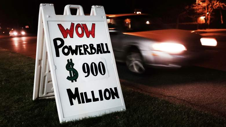 WESTPORT, CT - JANUARY 09: A sign outside of a Connecticut gas station displays the current winnings in the Powerball lottery on January 9, 2016 in Westport, Connecticut.The $900 million jackpot will be drawn on Saturday evening, If no one wins on Saturday, the prize for the next drawing on Wednesday would reach $1.3 billion, officials announced. (Photo by Spencer Platt/Getty Images)