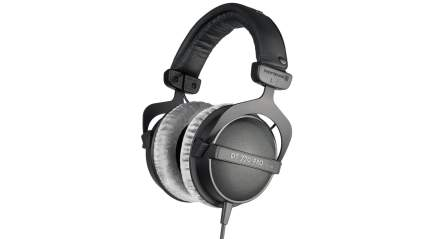 beyerdynamic, best bass headphones, best headphones, headphones, best over ear headphones, over ear headphones, best earphones, studio headphones