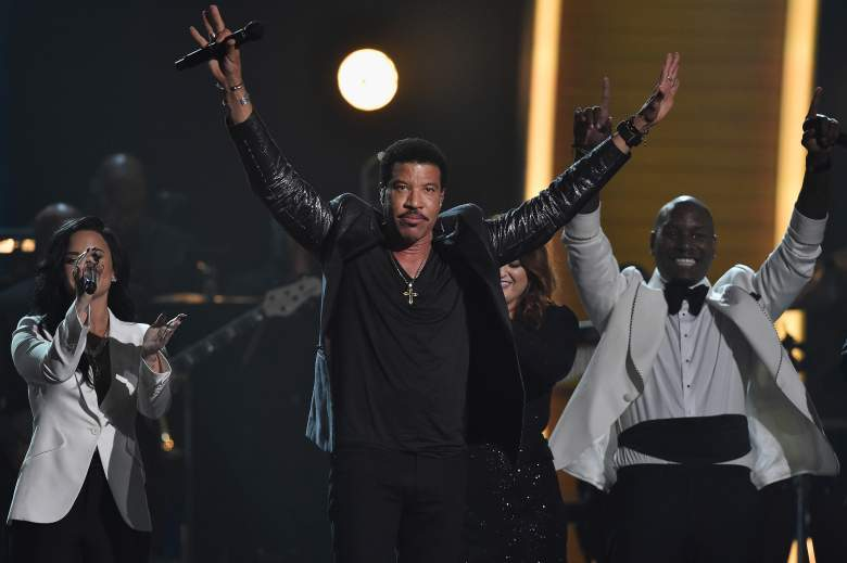 demi lovato grammys performance, lionel richie tribute grammys 2016
