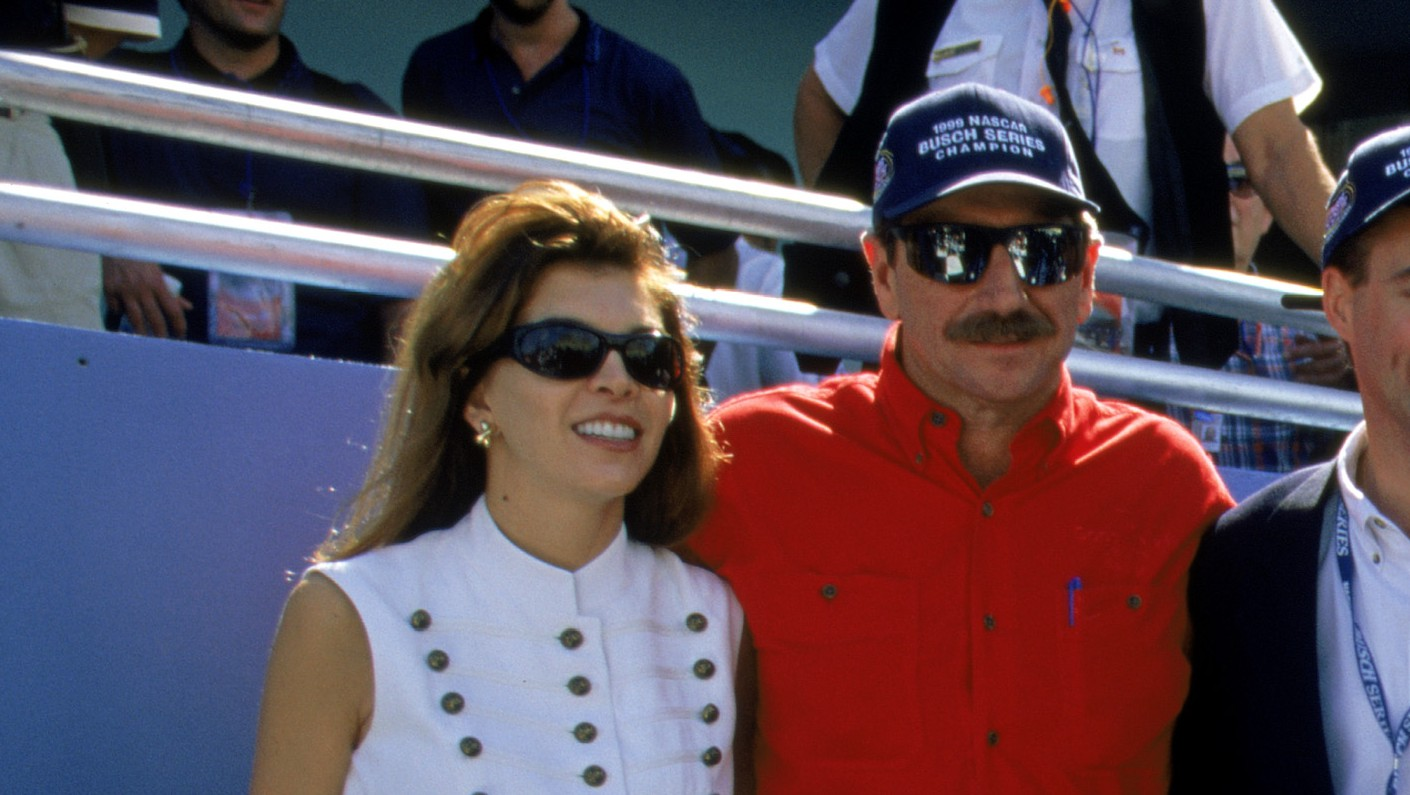 Teresa Earnhardt Dale S Wife 5 Facts You Need To Know Heavy Com Teresa earnhardt news, gossip, photos of teresa earnhardt, biography, teresa earnhardt boyfriend list 2016. teresa earnhardt dale s wife 5 facts