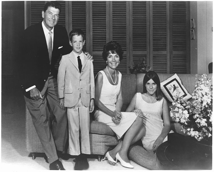 nancy and ronald reagan and children