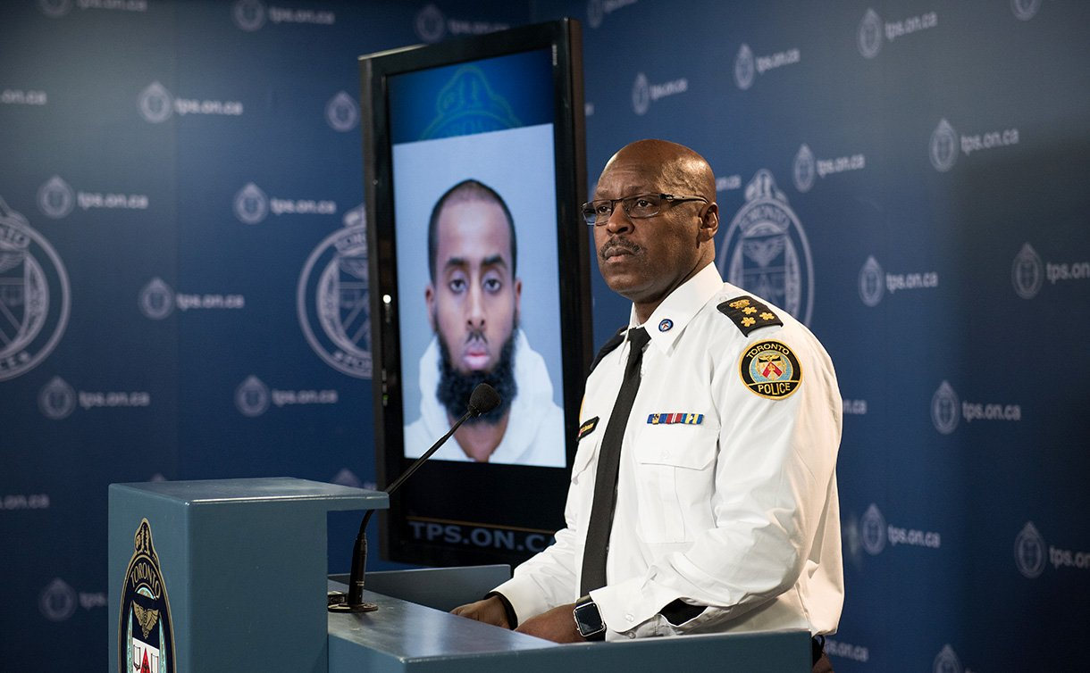 Chief Mark Saunders talks to the media. (Toronto Police)