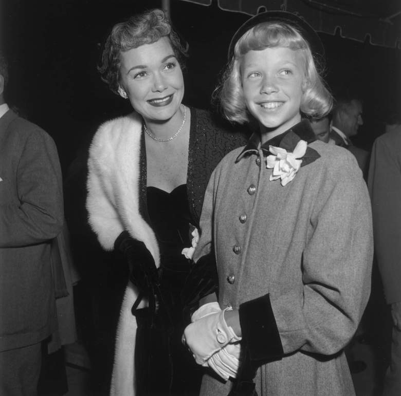 """393001 01: (FILE PHOTO) American actress Jane Wyman, left, and her daughter, Maureen Reagan, attend the premiere of director Curtis Bernhardt''s film """"The Blue Veil,"""" in 1951 in Hollywood, CA. Maureen Reagan died at the age of 60 after a five-year-long battle with malignant melanoma August 8, 2001 at her home in Granite Bay, CA. (Photo by Mark Wilson/Getty Images)"""