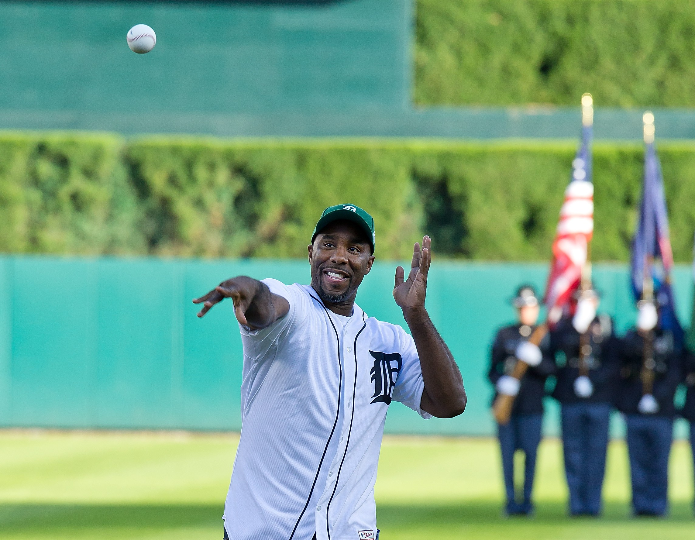 Mateen Cleaves throws out the first pitch at a Detroit Tigers game. (Getty)