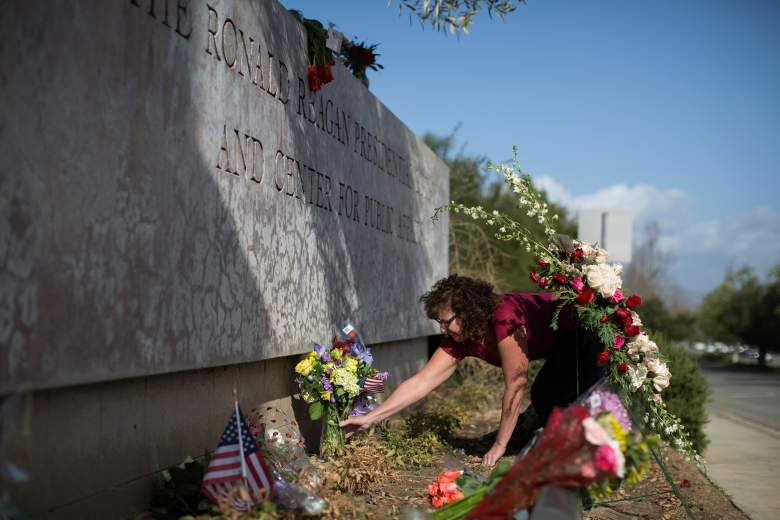public paying respects to nancy reagan