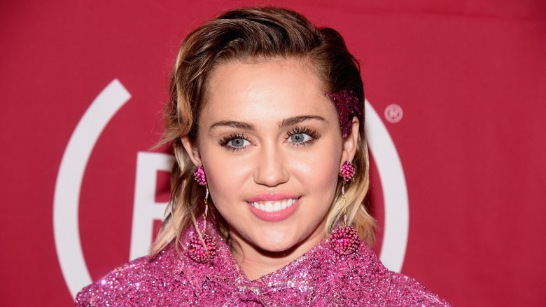 Miley Cyrus Leaving the Country, Miley Cyrus & Donald Trump, Miley Cyrus Instagram