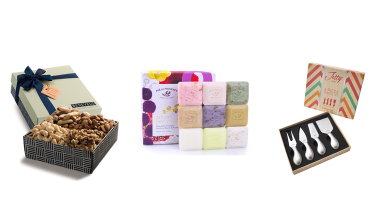best hostess gifts, hostess gift, hostess gifts, hostess gift ideas, best hostess gifts, unique hostess gifts, baby shower hostess gifts, best hostess gifts 2015, best hostess gifts for dinner party, best hostess gifts for weekend stay, best hostess gifts for baby shower, hostess gifts for christmas, hostess gifts ideas, inexpensive hostess gifts, washcloths, baby washcloths, baby towels, baby towel, cookbooks, recipe books, cook books, unique gift basket, shea butter cream, wine glasses, red wine glasses, luxury soap, cheese knives, cheese knife, cheese knife set, cheese board, coasters