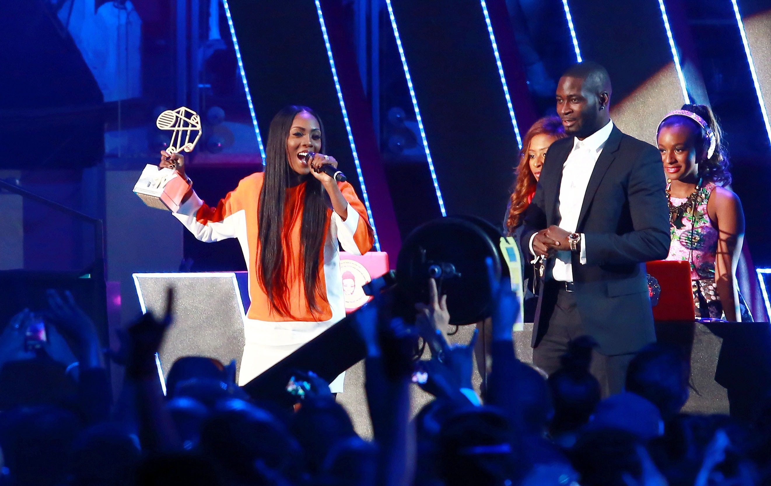 Nigerian singer Tiwa Savage wins the Best Female category at the MTV Africa Awards held at the International Convention Centre (ICC) in Durban on June 7, 2014.  (Getty)