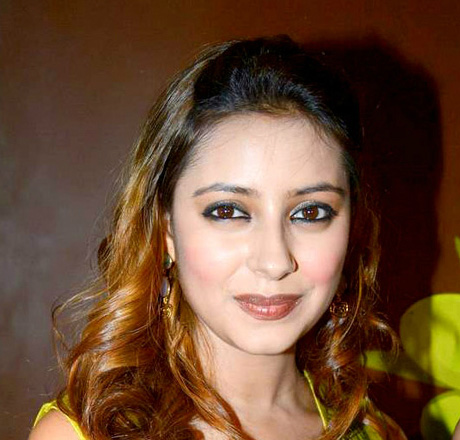 Pratyusha Banerjee Suicide: 5 Fast Facts You Need to Know
