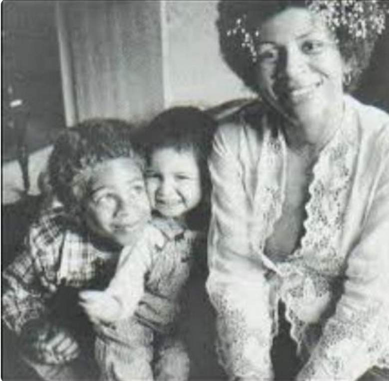 Maya rudolph mother, minnie riperton family, minnie riperton death