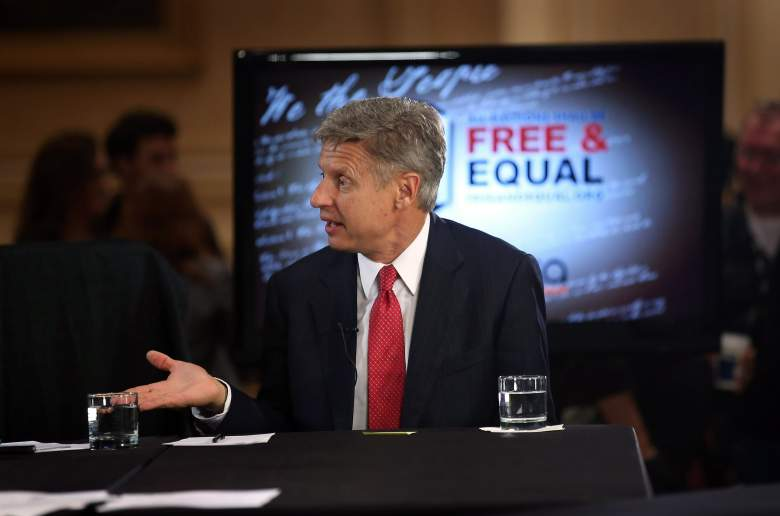 CHICAGO, IL - OCTOBER 23: Libertarian Party candidate Gary Johnson is interviewed prior to a debate hosted by the Free and Equal Elections Foundation and moderated by former CNN talk-show host Larry King on October 23, 2012 in Chicago, Illinois. The 90-minute debate held at the Chicago Hilton featured presidential candidates from the Green Party, Libertarian Party, Constitution Party and Justice Party. (Photo by Scott Olson/Getty Images)
