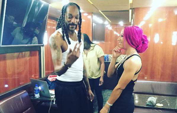 Sasha Banks Snoop Dogg, Sasha Banks cousin, Sasha Banks family