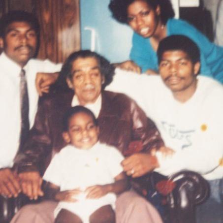 Family photo Philando Castile posted on Facebook. (Facebook/Philando Castile.)