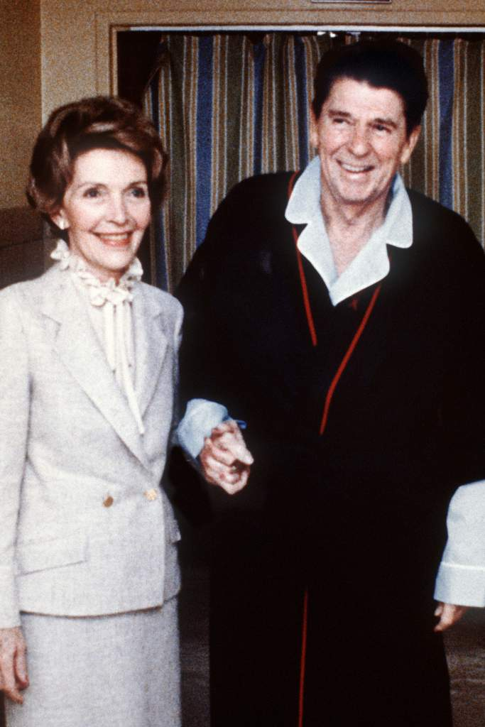 Ronald Reagan assassination attempt, Nancy Reagan, John Hinckley