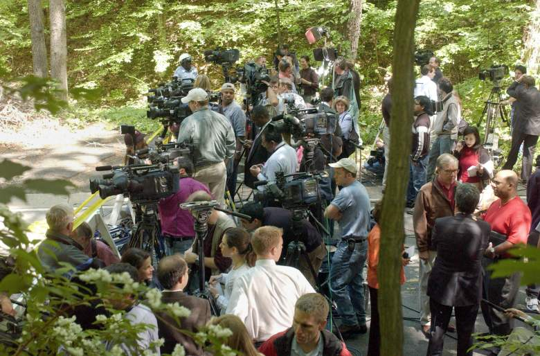 Members of the media wait for a press conference after the skeletal remains of intern Chandra Levy were found in a Washington D.C. area park in 2002. (Getty)