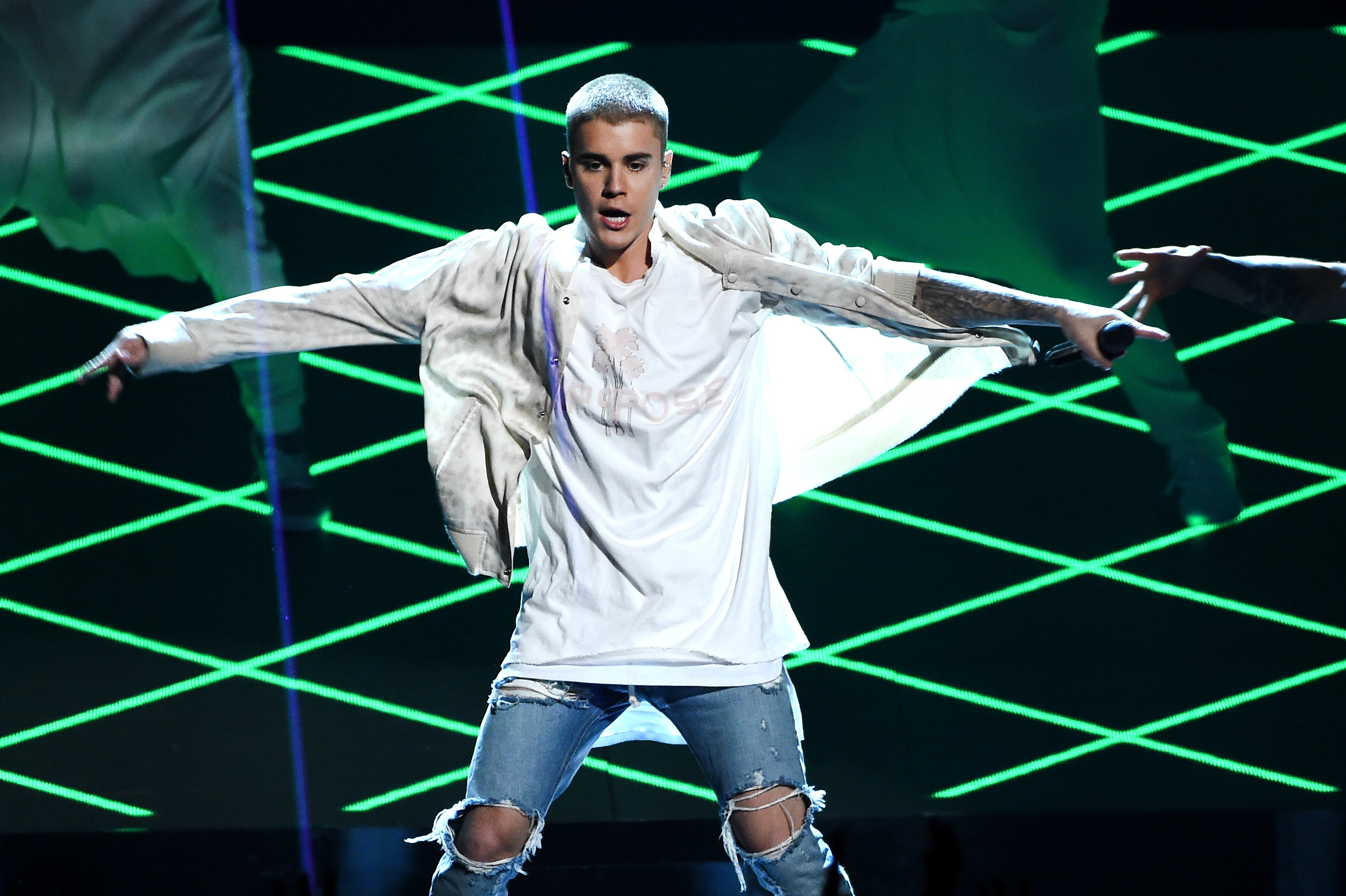 Justin Bieber Billboard Music Awards, Justin Bieber Billboard Performance, Justin Bieber music awards