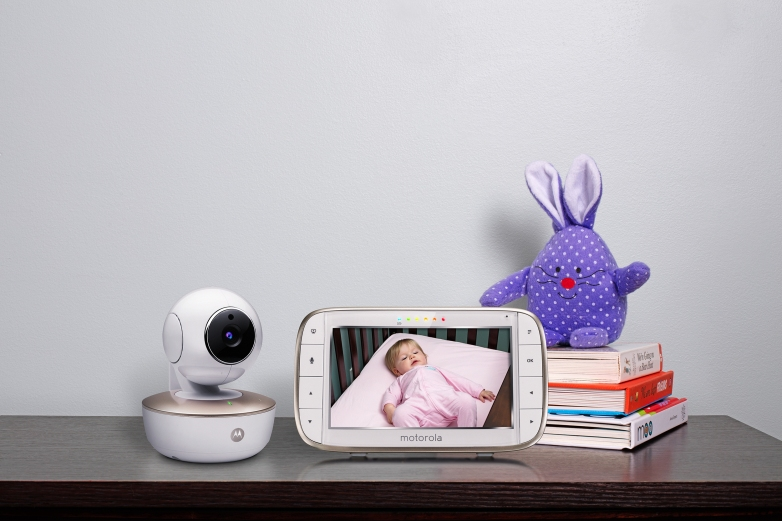 Motorola Portable 5-Inch Screen Video Baby Monitor with Wi-Fi